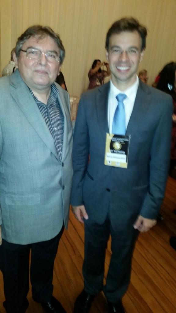 Dix-sept Rosado Sobrinho e o Presidente da Fundação de Cultura de Blumenau (equivale a Secretaria Municipal de Cultura)