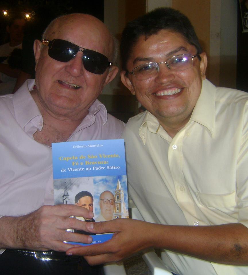 Parabéns ao aniversariante padre Sátiro Cavalcanti